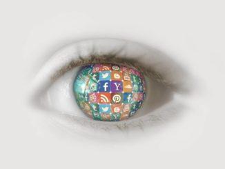 Social Media Auge